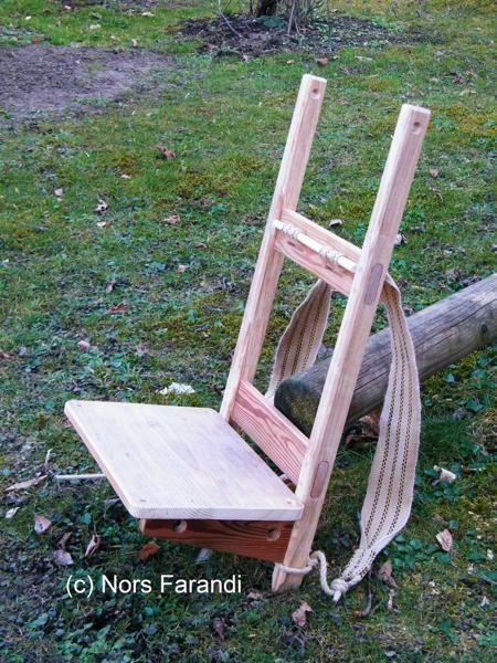 kraxe aus eschen und l rchenholz henricus 12th century mittelalterliche m bel l rchenholz. Black Bedroom Furniture Sets. Home Design Ideas