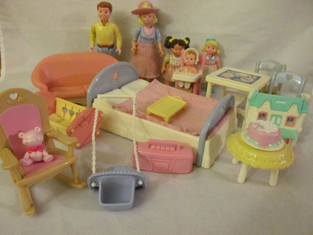 Vintage Fisher Price Loving Family Dollhouse Furniture People