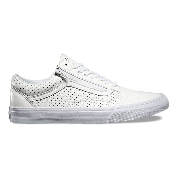 5dbee3032f5 A twist on the timeless Vans sidestripe style