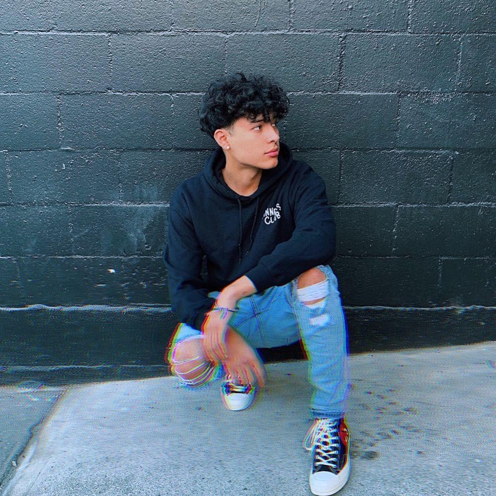 Boy Hairstyles Teenagers Black In 2020 Curly Hair Styles Boys With Curly Hair Mixed Curly Hair