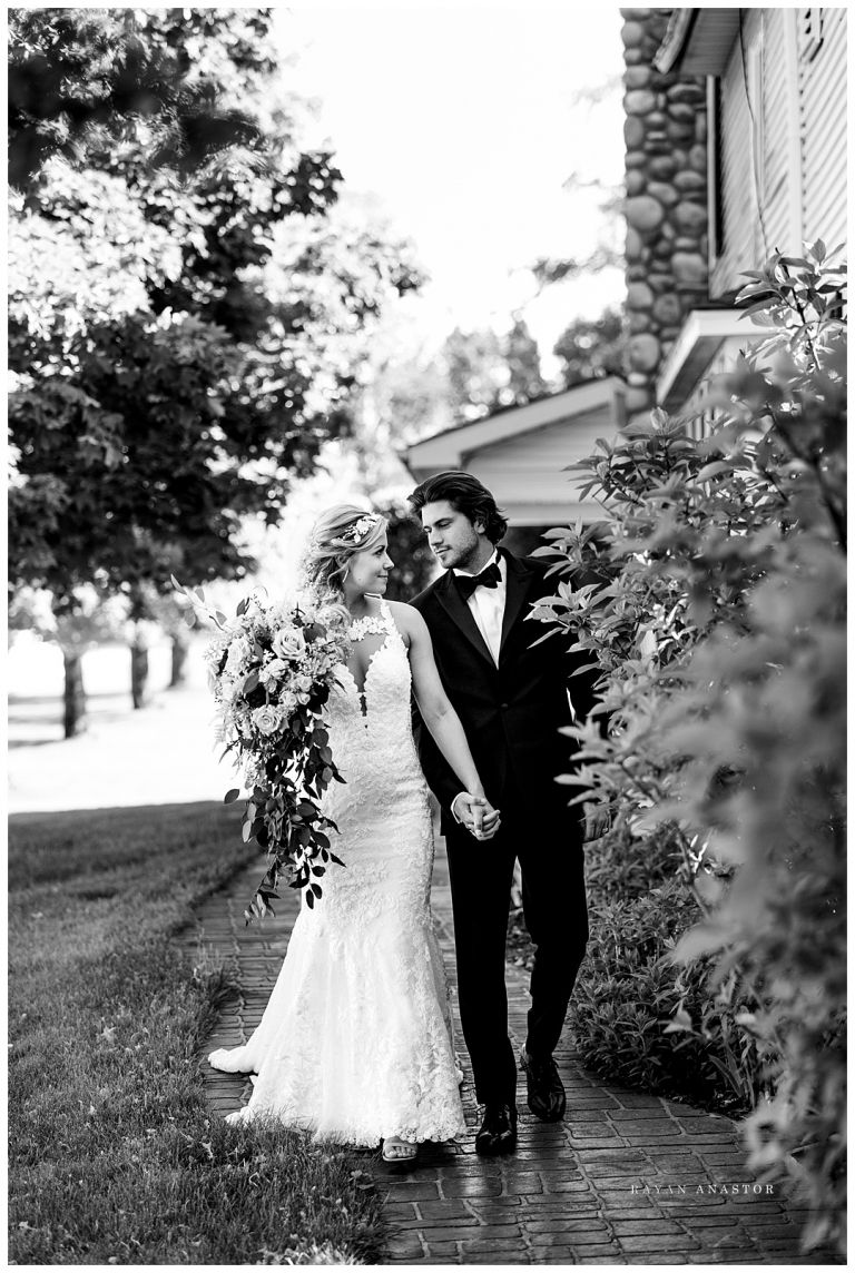 Sonshine Barn Wedding | Michigan barn wedding venues ...