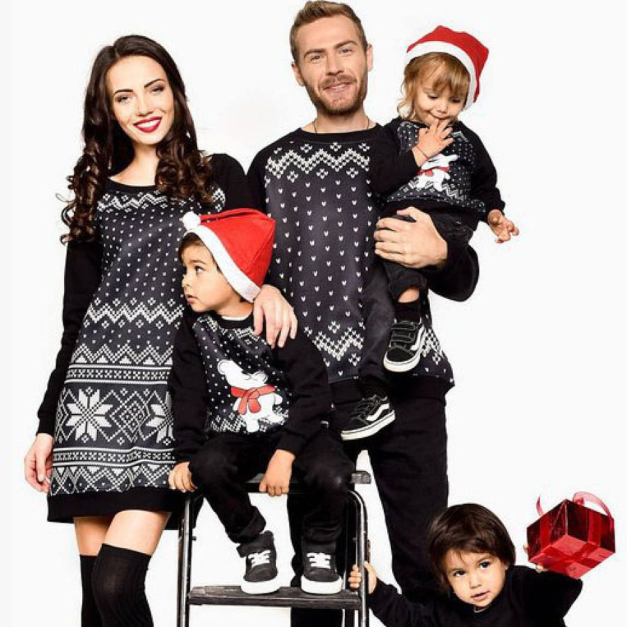 Matching Family Christmas Outfits.Christmas Geometric Pattern Family Outfits Baby Mama
