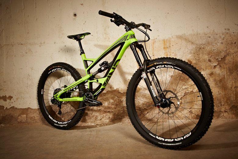 Yt Industries Unveils All New Carbon Enduro Bike The Capra