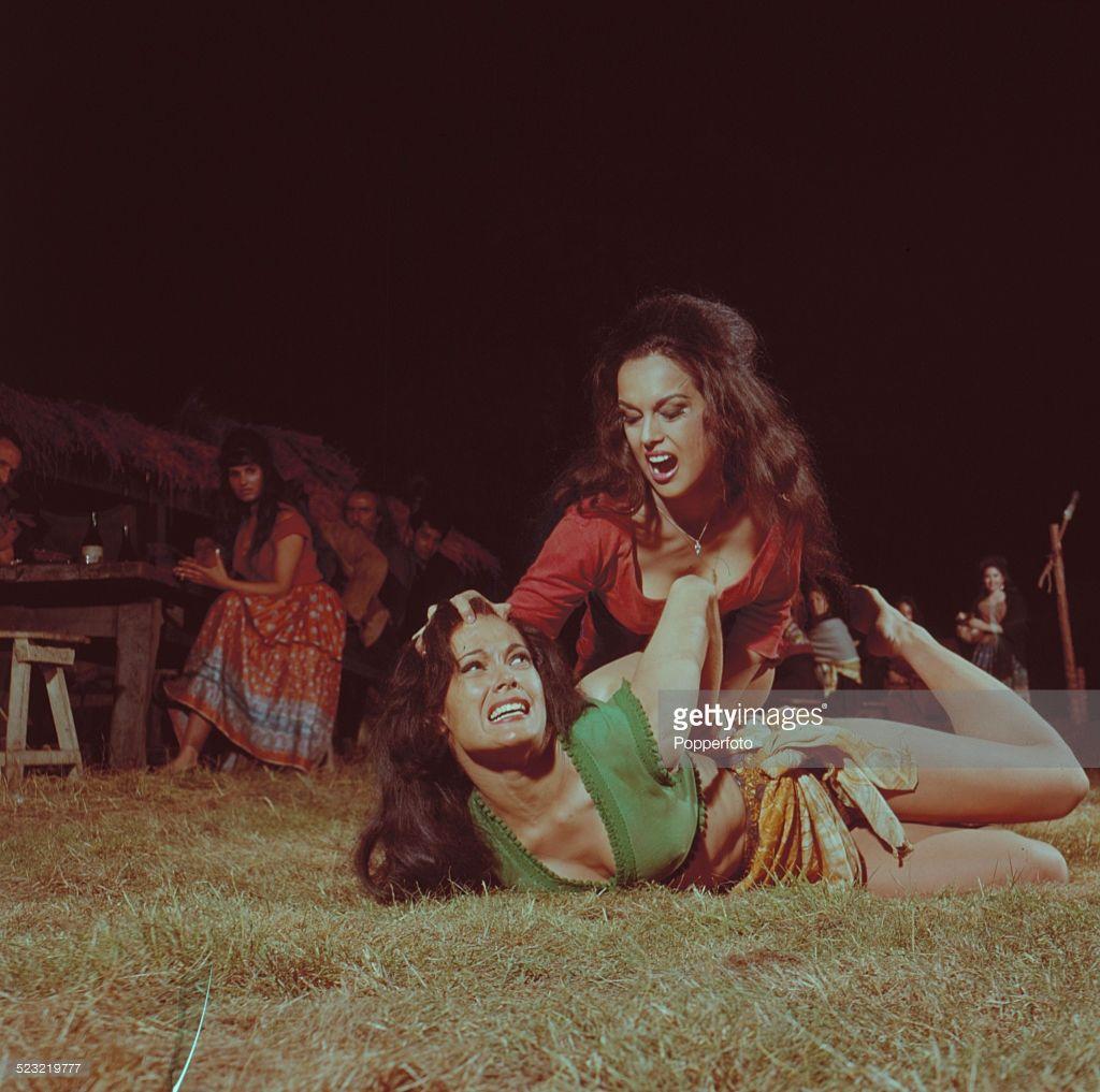 Paula Arundell,Geneva Cruz (b. 1976) XXX nude Jane Griffiths (actress),Minase Yashiro (b. 1985)