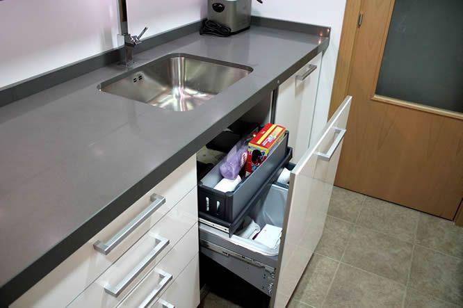 Cocinas diseño de cocinas en mostoles rey blanco con cemento spa ...