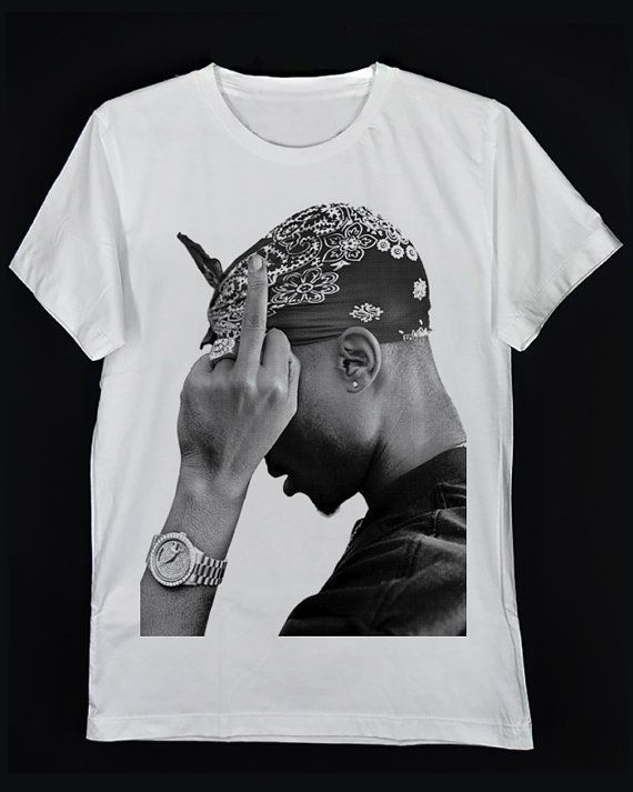 Lado del rapero Tupac Amaru Shakur 2Pac PAC Makaveli Digital Partido  Pantera negra de metro el día 7 teoría camiseta Unisex blanca S-XXL 7441e160dc4
