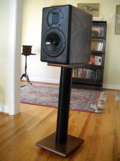 8 great diy speaker stand ideas that easy to make diy furniture ideas diy speakers speaker. Black Bedroom Furniture Sets. Home Design Ideas