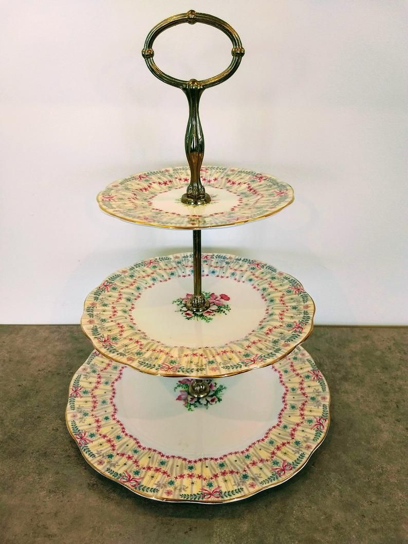 3 tier cake stand queen anne royal bridal gown pattern
