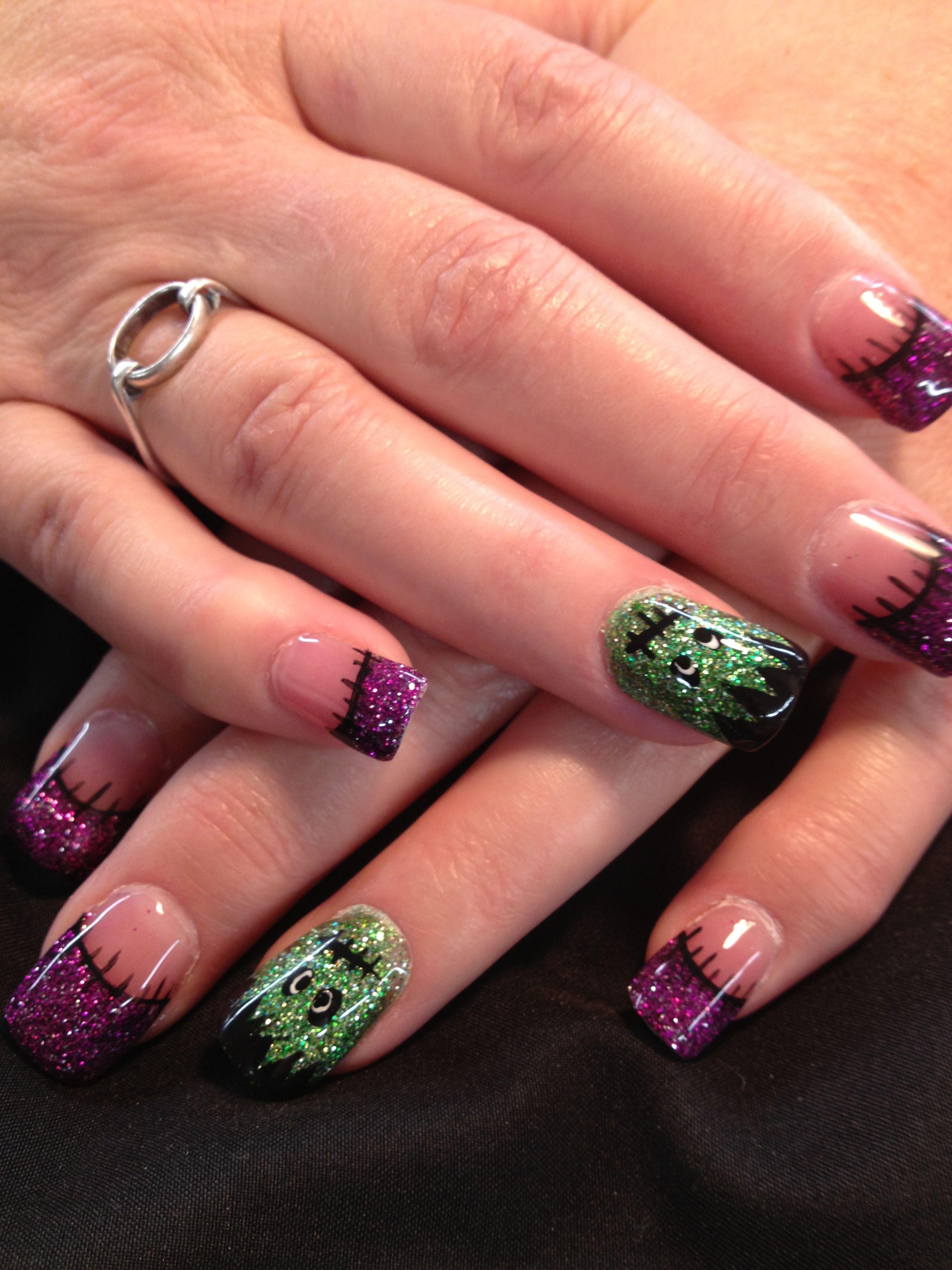 Halloween nail art | Nail art, Halloween nail art, Classy ...