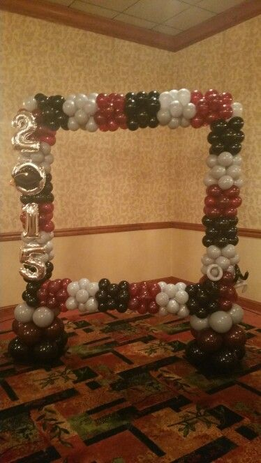 Graduation Photo Booth #elegancemanifested #balloon decor ...