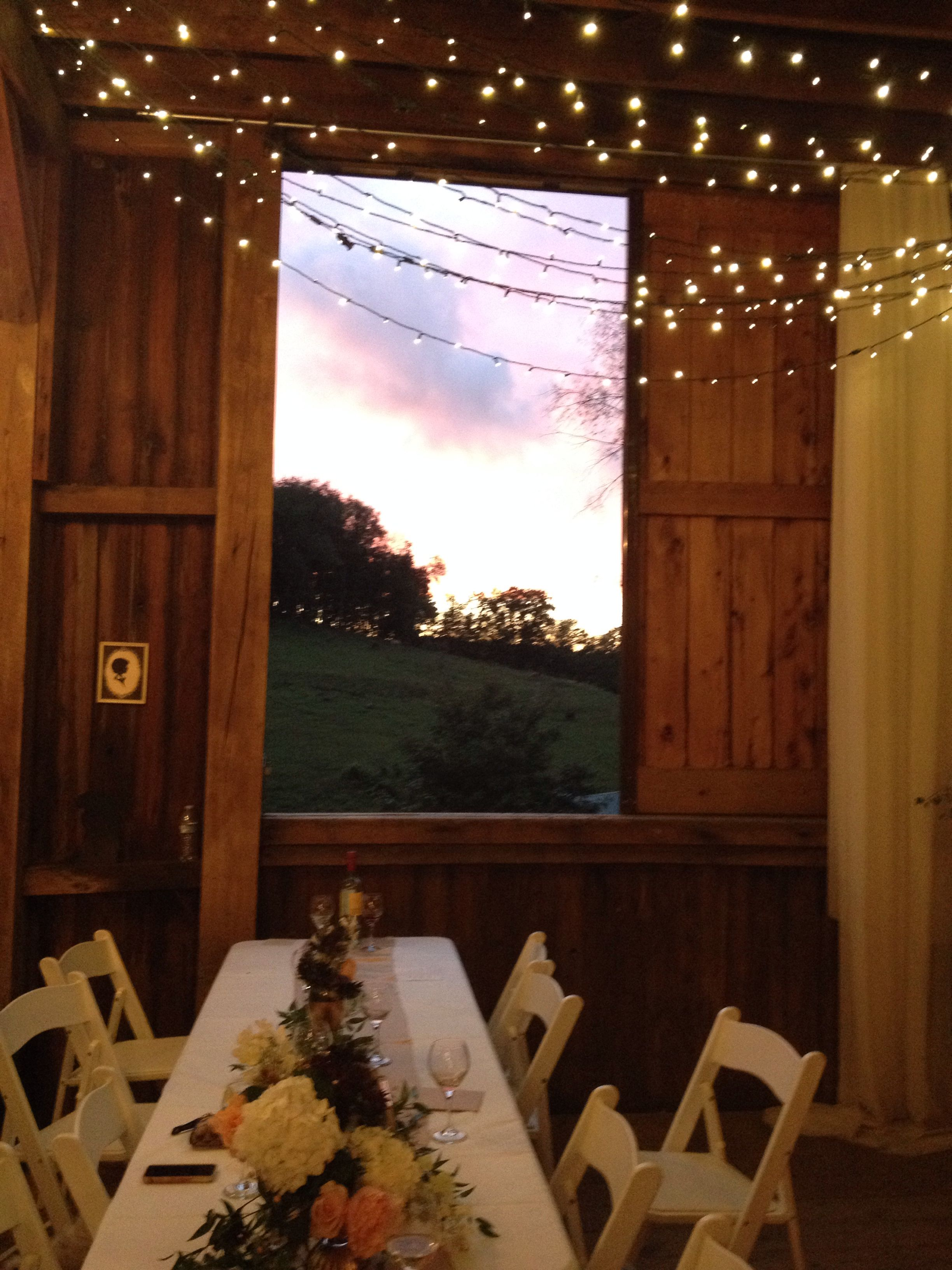 Beautiful barn wedding at Rivercrest Farm in Dover, Ohio