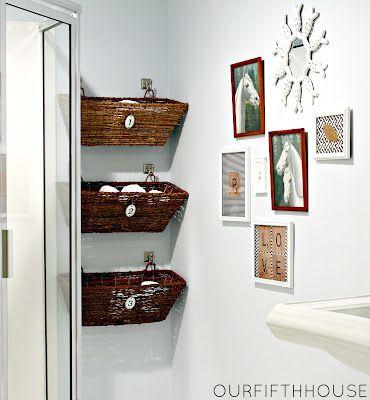Accrocher des paniers au mur | Rangement papier toilette ...
