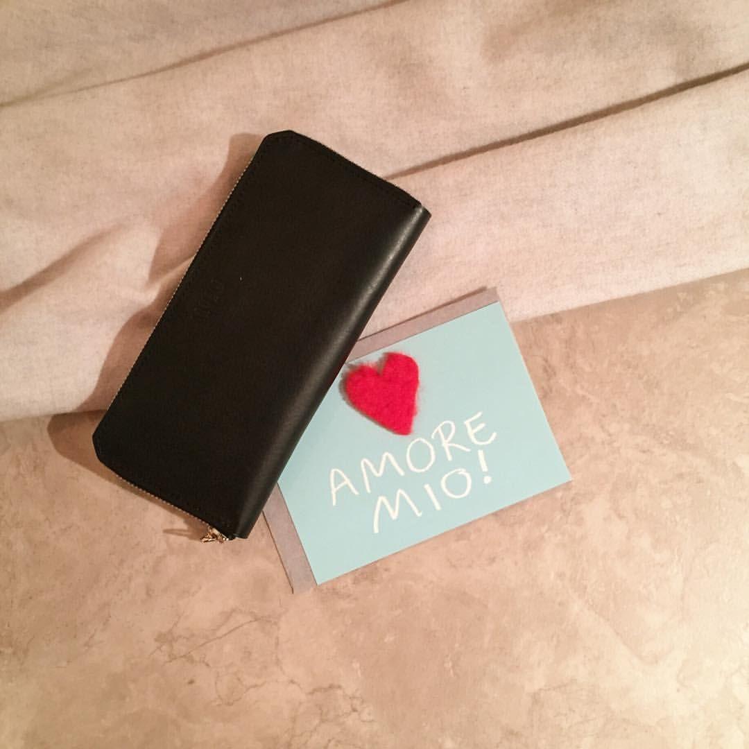 #ARUMO #bag ❤️❤️❤️ #love #valentine #amore #wallet : Round Zip Wallet