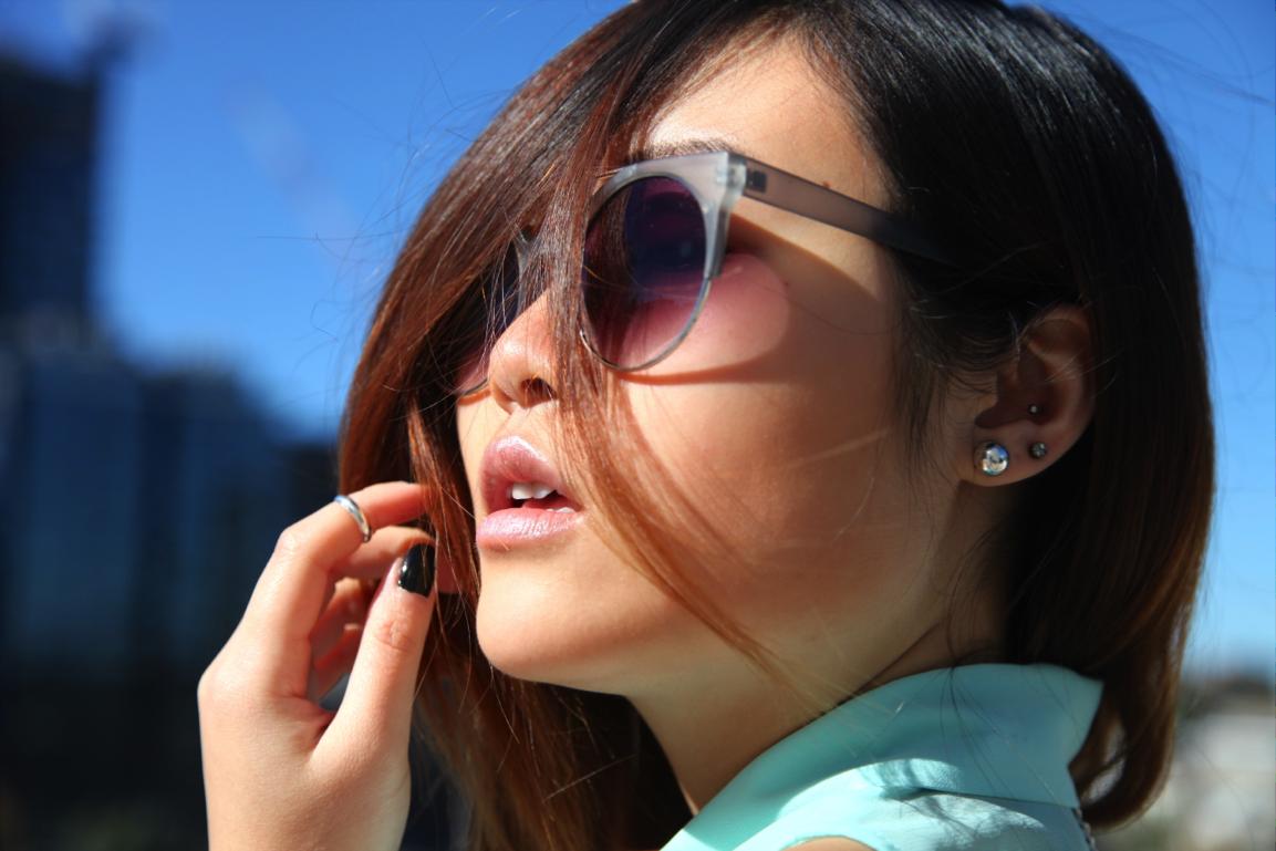 http://epiquemoi.blogspot.com.au/2013/05/bond-hardware-hitch-ring-necklace.html  #fashion #blog #outfit #style #sunglasses #epique #accessories