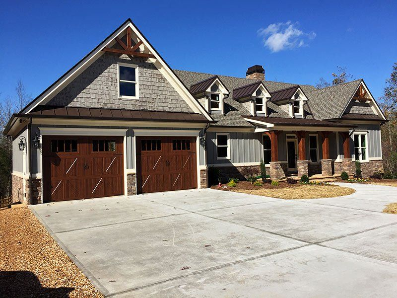 4 bedroom floor plan house plan pinterest walkout for Vacation home plans with walkout basement