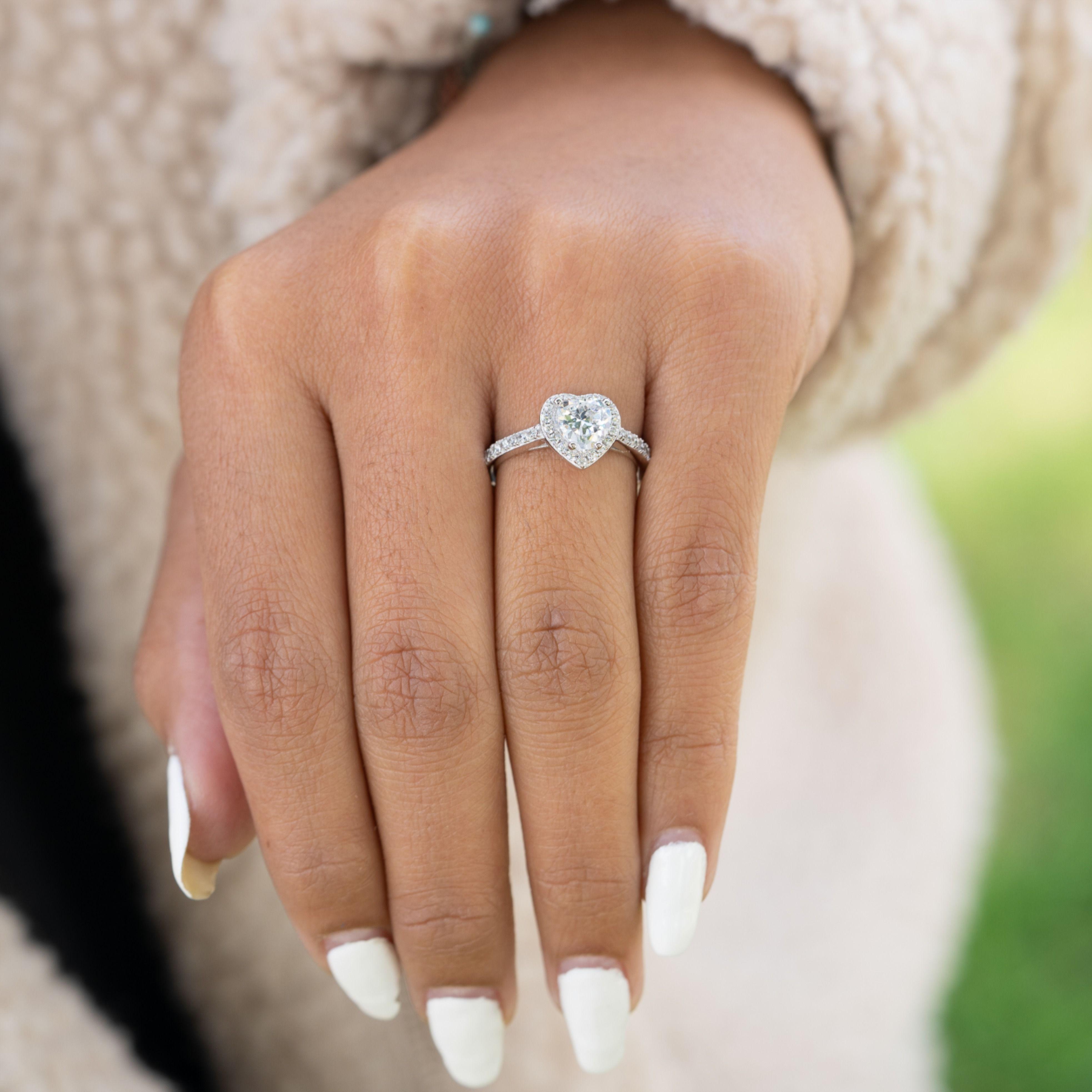 Inexpensive Women S Wedding Rings Heart Shaped Wedding Ring In 2020 Heart Shaped Engagement Rings Heart Shaped Wedding Rings Heart Engagement Rings