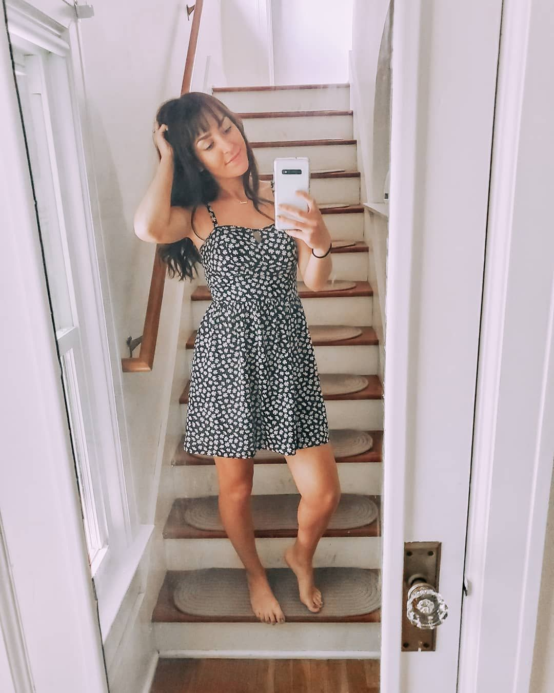 #diy Do you ever feel crazy spontaneous and then regret it later I cut my own bangs againThey got an...