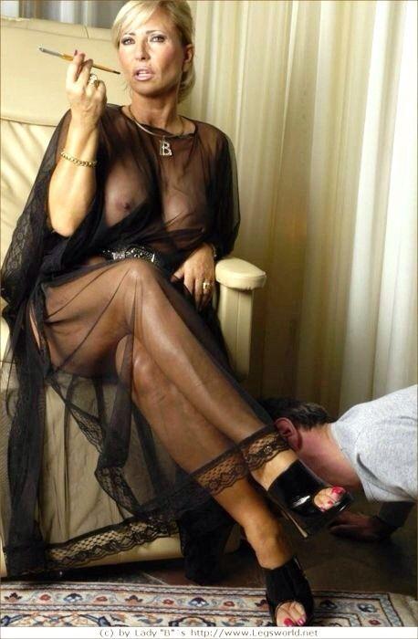 lady barbara smoking Mistress