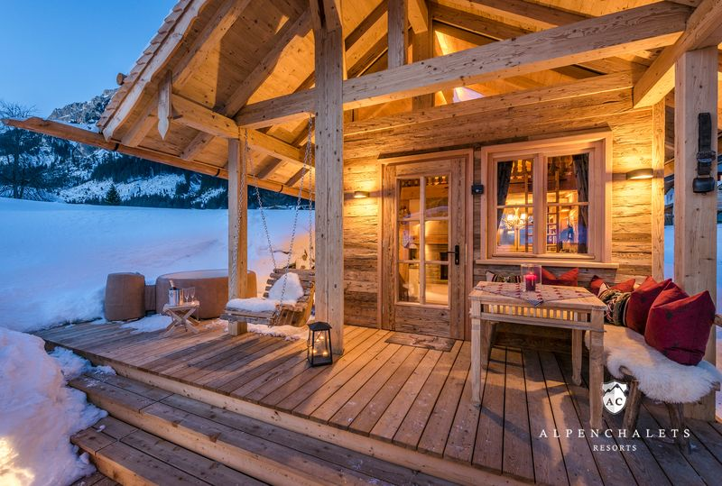 chalet schmuckst ck im tannheimer tal h ttenurlaub in tannheimer tal mieten alpen chalets. Black Bedroom Furniture Sets. Home Design Ideas