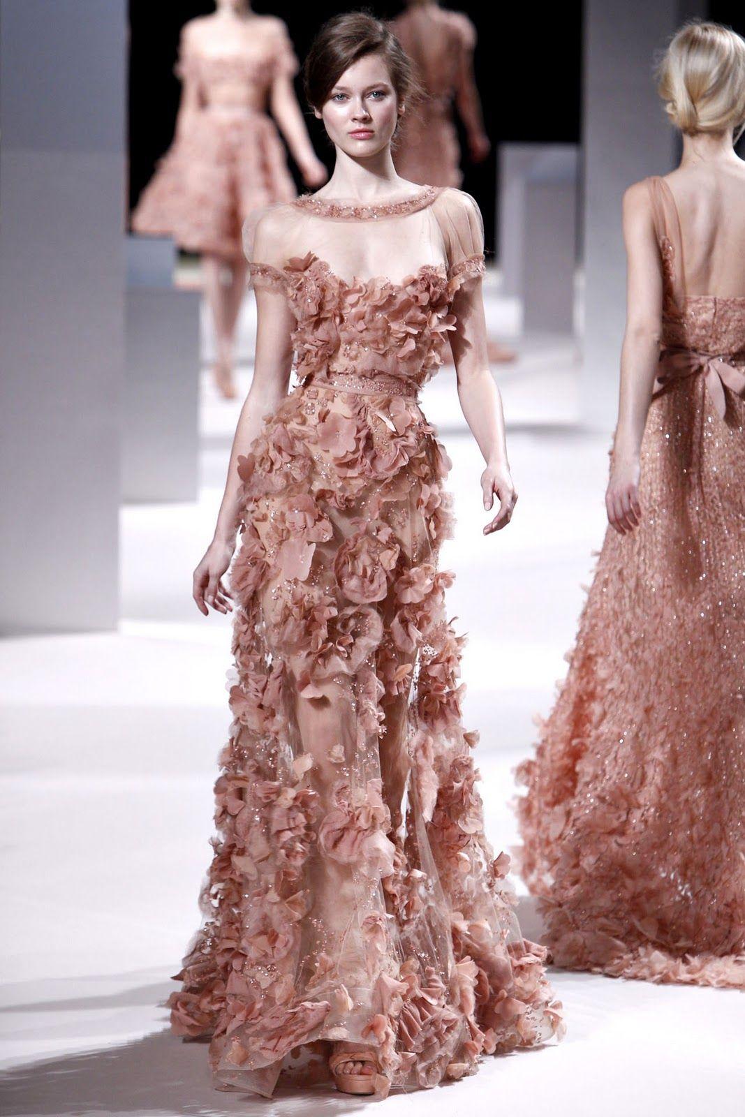 Champagne & Macarons: Paris Spring Couture ~ Elie Saab | Tus \