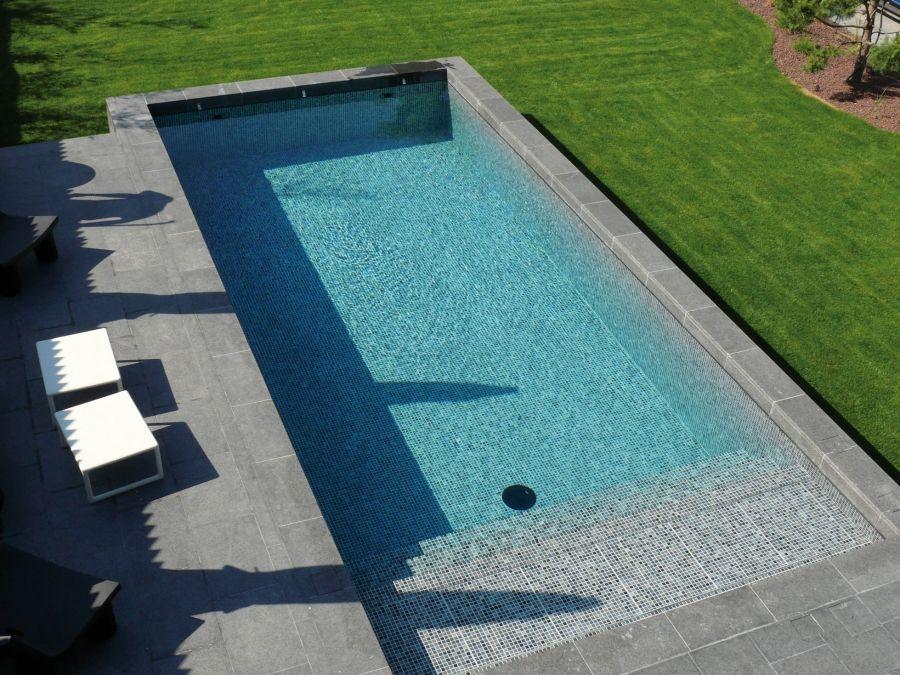 Une Piscine Effet Mosaïque | Piscine & Spas // Swimmingpool & Spas