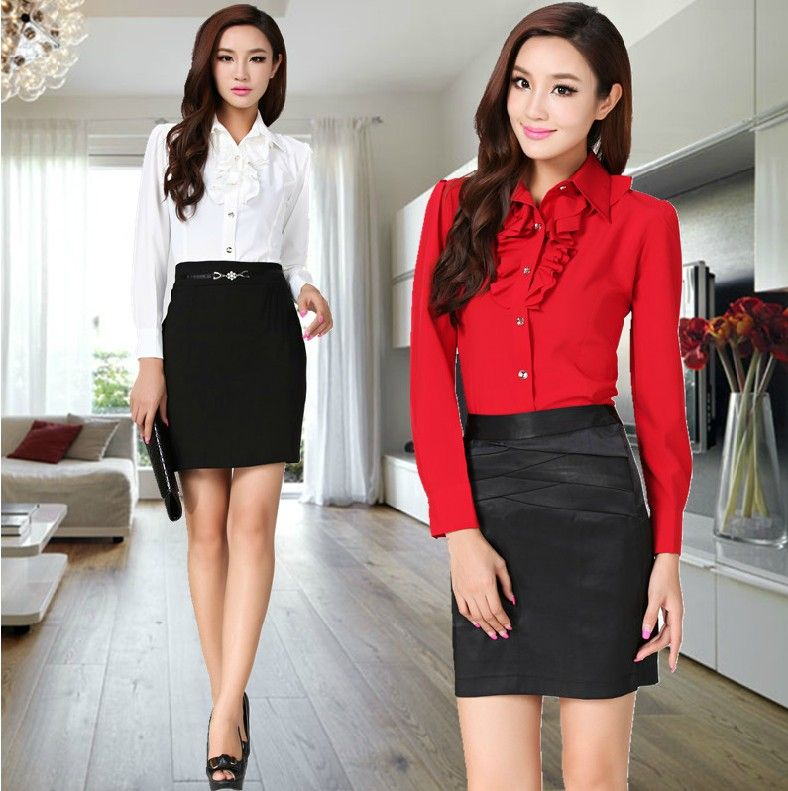 Black skirt,white /red shirt.looks so simple but great