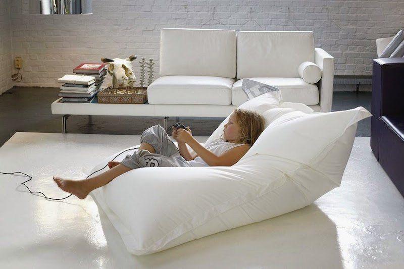 pouf g ant et pouf rond en d co id es pour peaufiner le. Black Bedroom Furniture Sets. Home Design Ideas