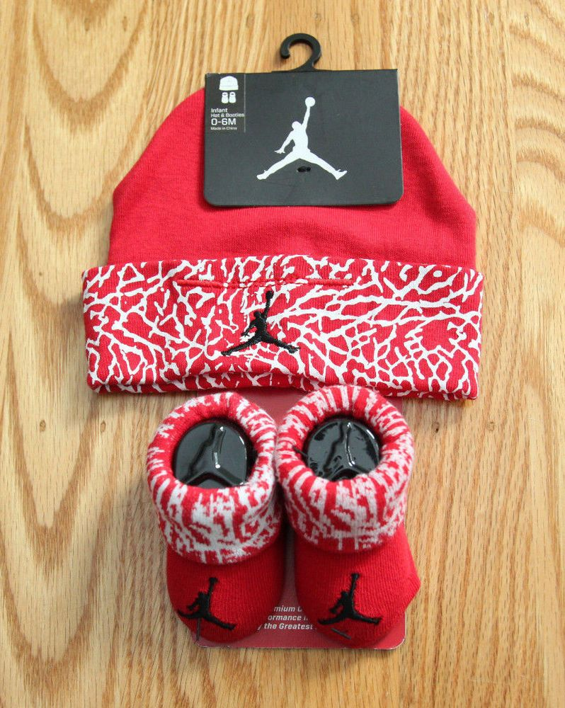a9d5dc3b5c1402 Nike Air Jordan Baby Hat and Booties Set ~ Red ~ Boy or Girl ~ 0-6 Months ~   Jordan  Everyday