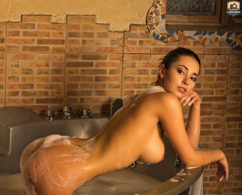 Sexy Nudes Erotic Video Sex Bath 7