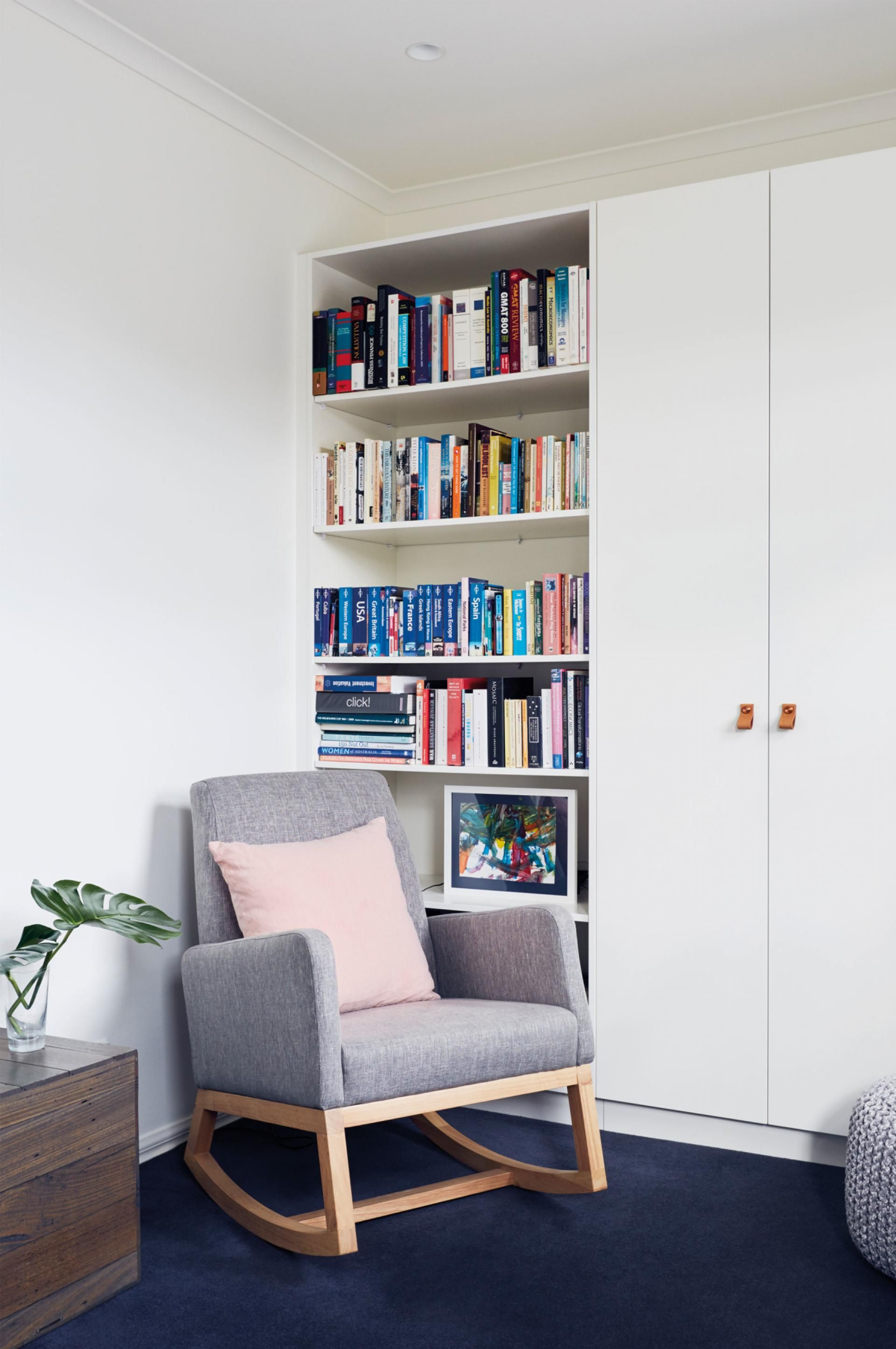 Quality not quantity see inside this minimalistic melbourne home photography by tom ross styling georgiana quinn also rh pinterest