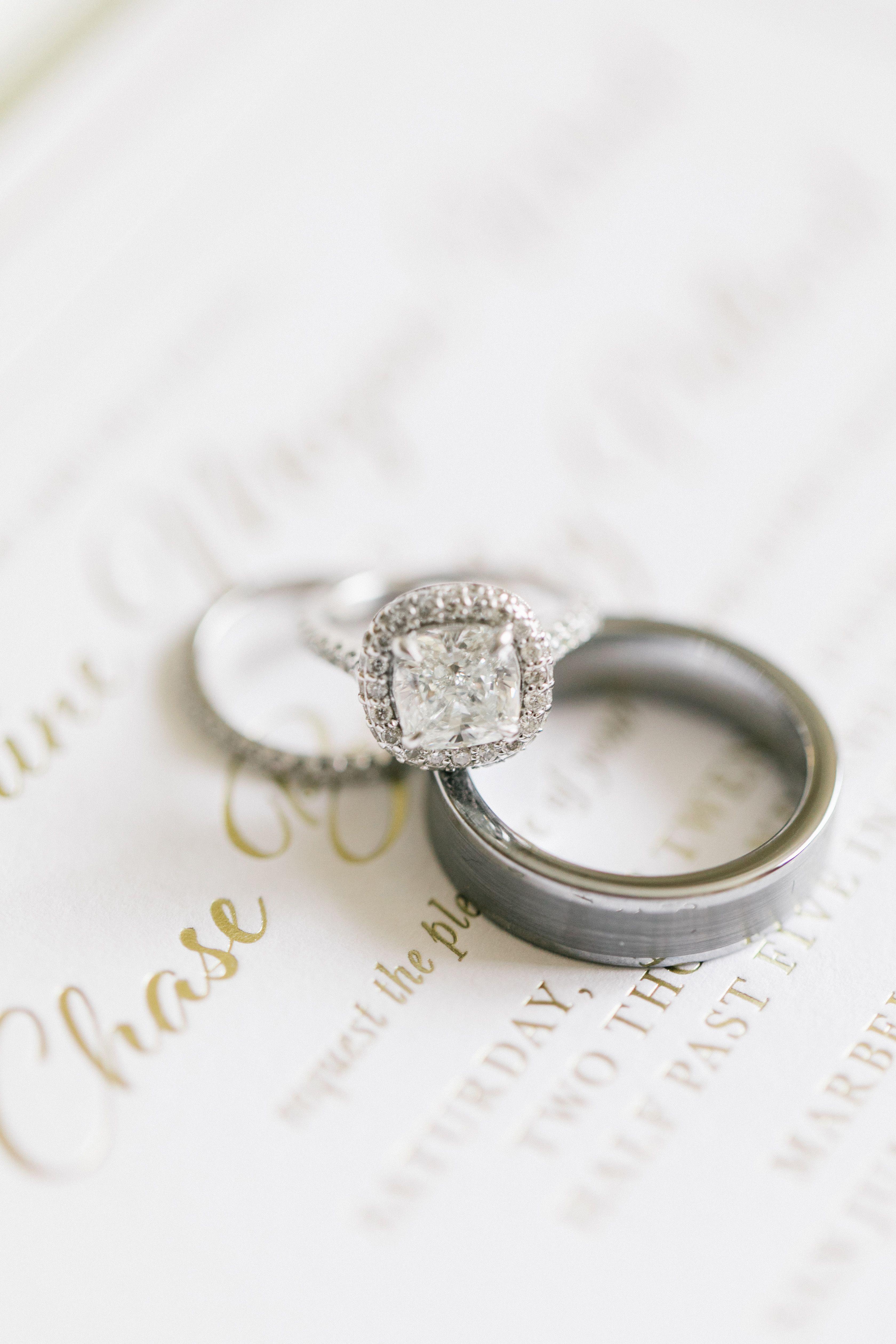 Gorgeous Ring Photography The Grovers Vintageweddingrings: Gorgeous Simple Wedding Rings At Reisefeber.org