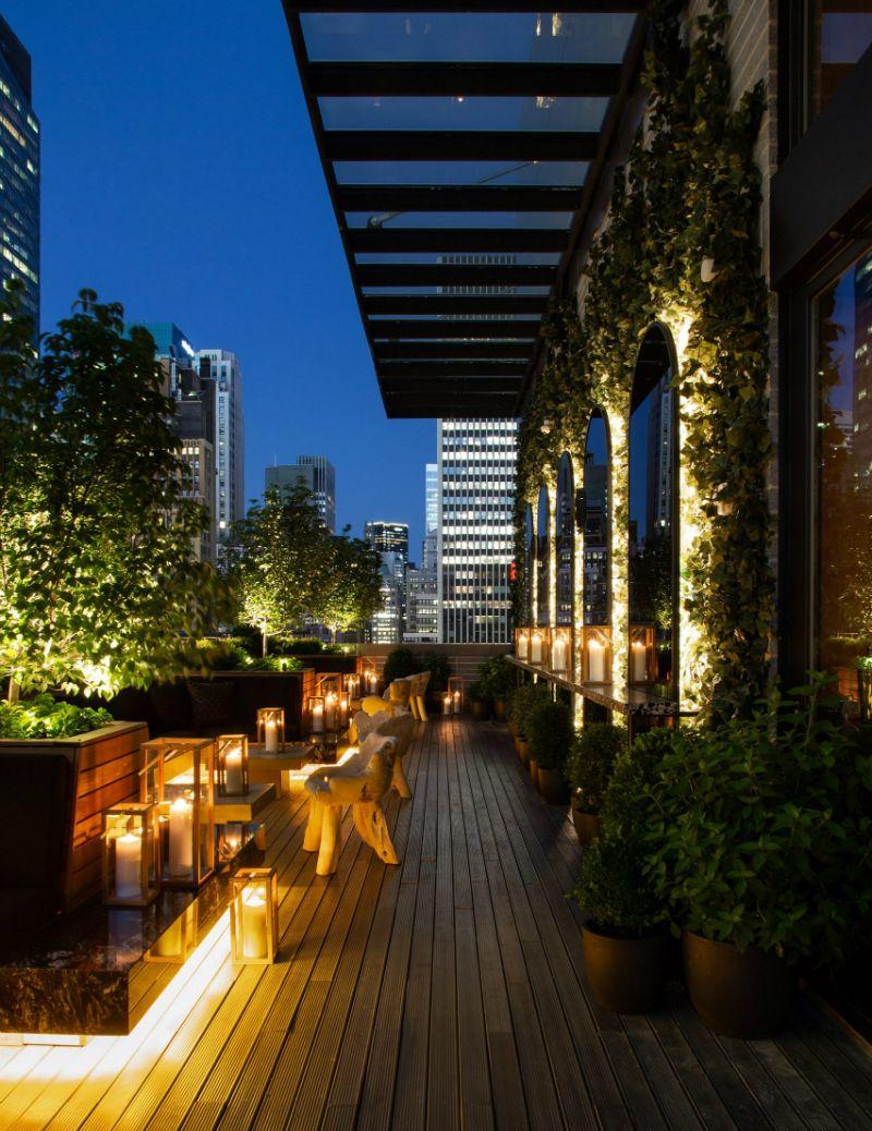 Bhdm Presents An Amazing Rooftop Bar Overlooking Midtown Manhattan Rooftop Restaurant Rooftop Bar Rooftop Bar Design
