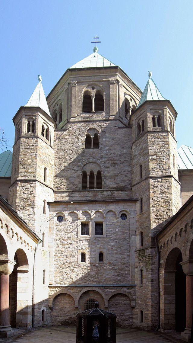 Westwerk de la iglesia de la Trinidad de Essen | Roca arenisca, Catedral,  Iglesia