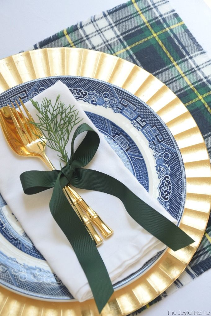 DIY Plaid Placemats | These would look fabulous with my pewter & Liberty Blue dishes !