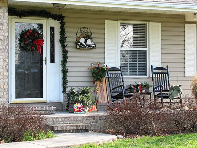 Charming Winter Porch Decorating Ideas Part - 6: Festive DIY Winter Front Porch Decor Including Lots Of Vintage And Thrift  Store Decorating Ideas.