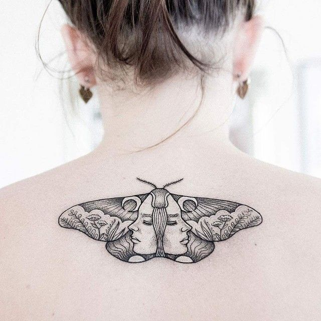 60 Wondrous Moth Tattoo Ideas Body Art That Fits Your Personality Check More At Http Tattoo Journal Co Motten Tattoo Beeindruckende Tattoos Insekten Tattoo