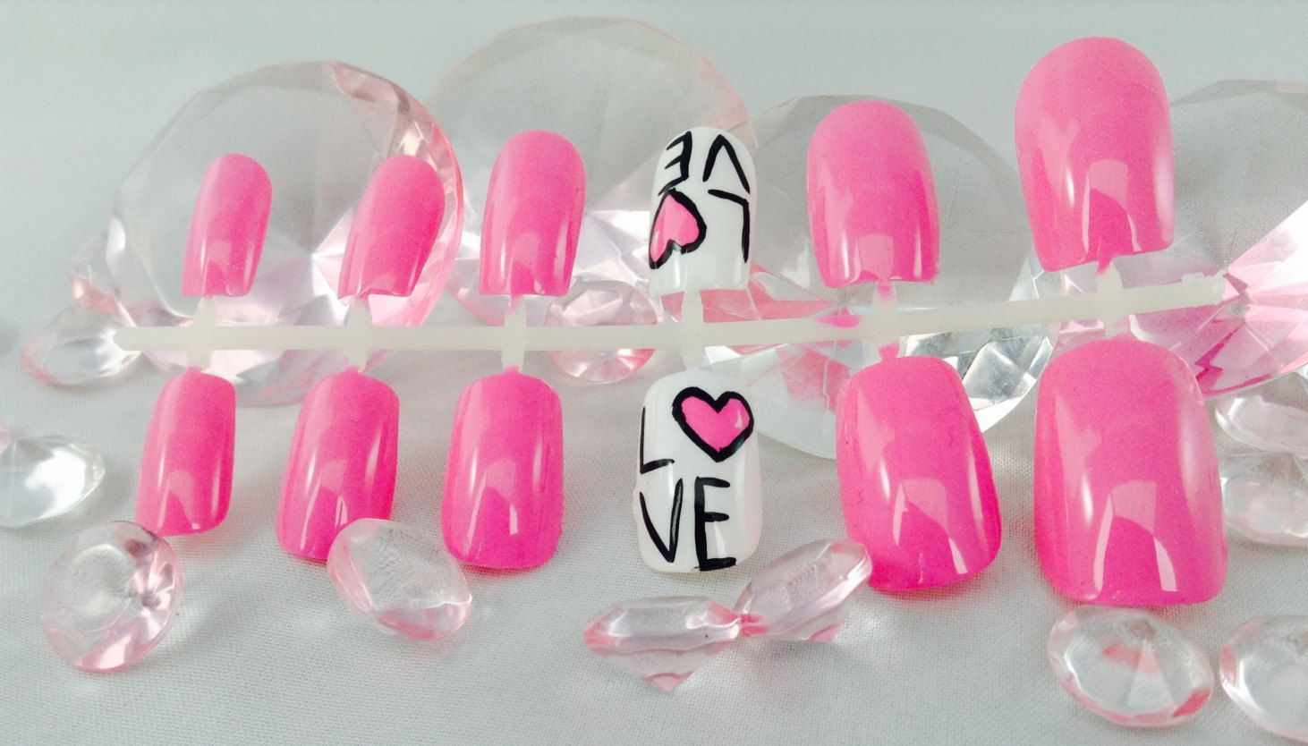 Love nails,fake nails,false nails,press on nails,pink love nails ...