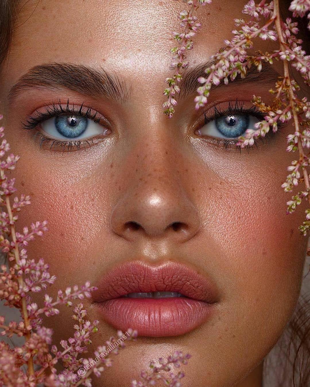 "Photo of Make-Up & Hairstyle Magazine på Instagram: ""@wilhelminamodels KELTIE 💗 @keltiestraith 🦋 Skott av @ tamarawilliams1 Makeup @jessi_makeup #makeup #makeupartist # makeuptutorial…"""