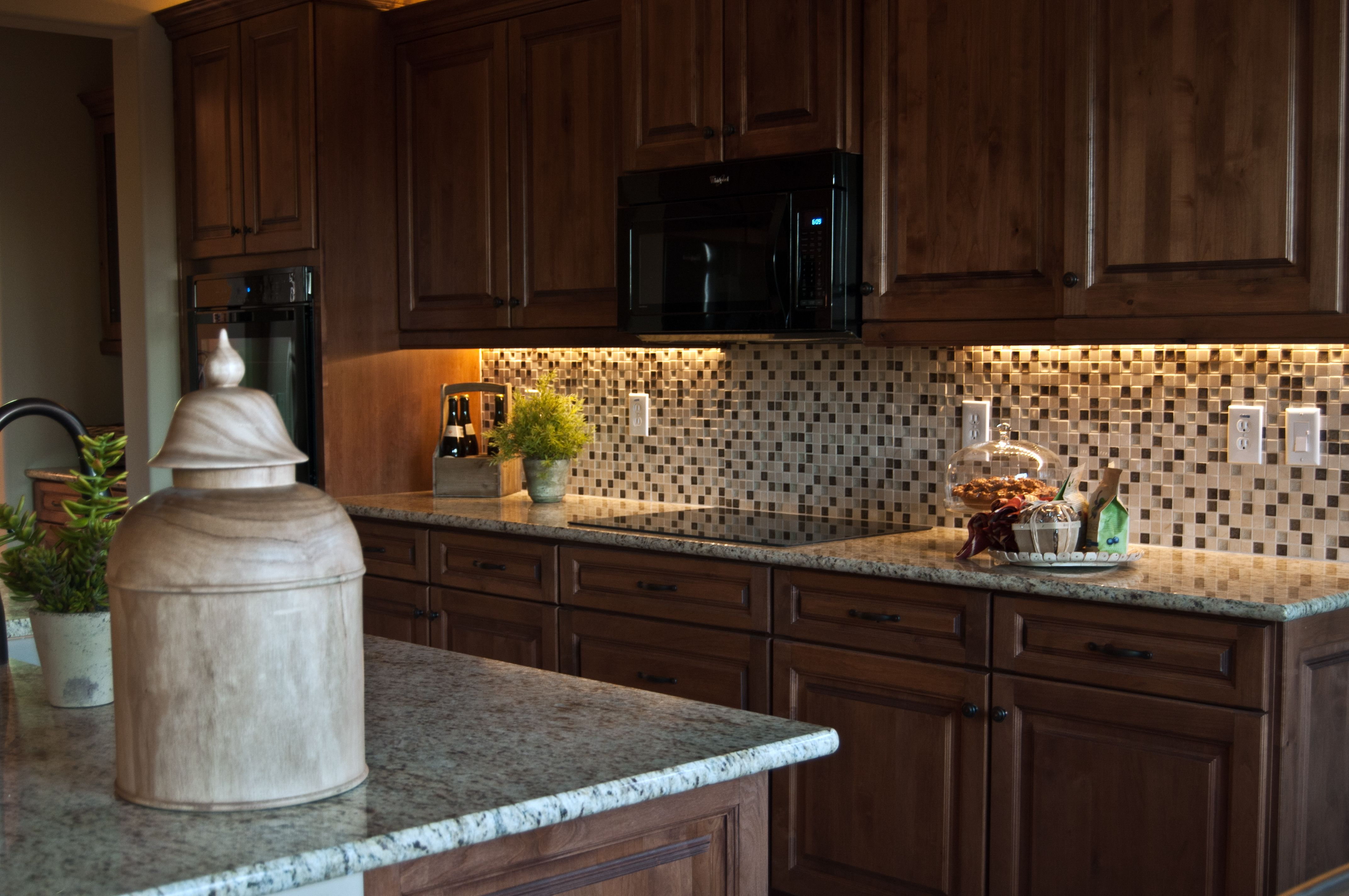 Inspired Led Warm White Under Cabinet Lighting