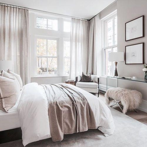 Romantisches Schlafzimmer Mit Hauch Von Rosa