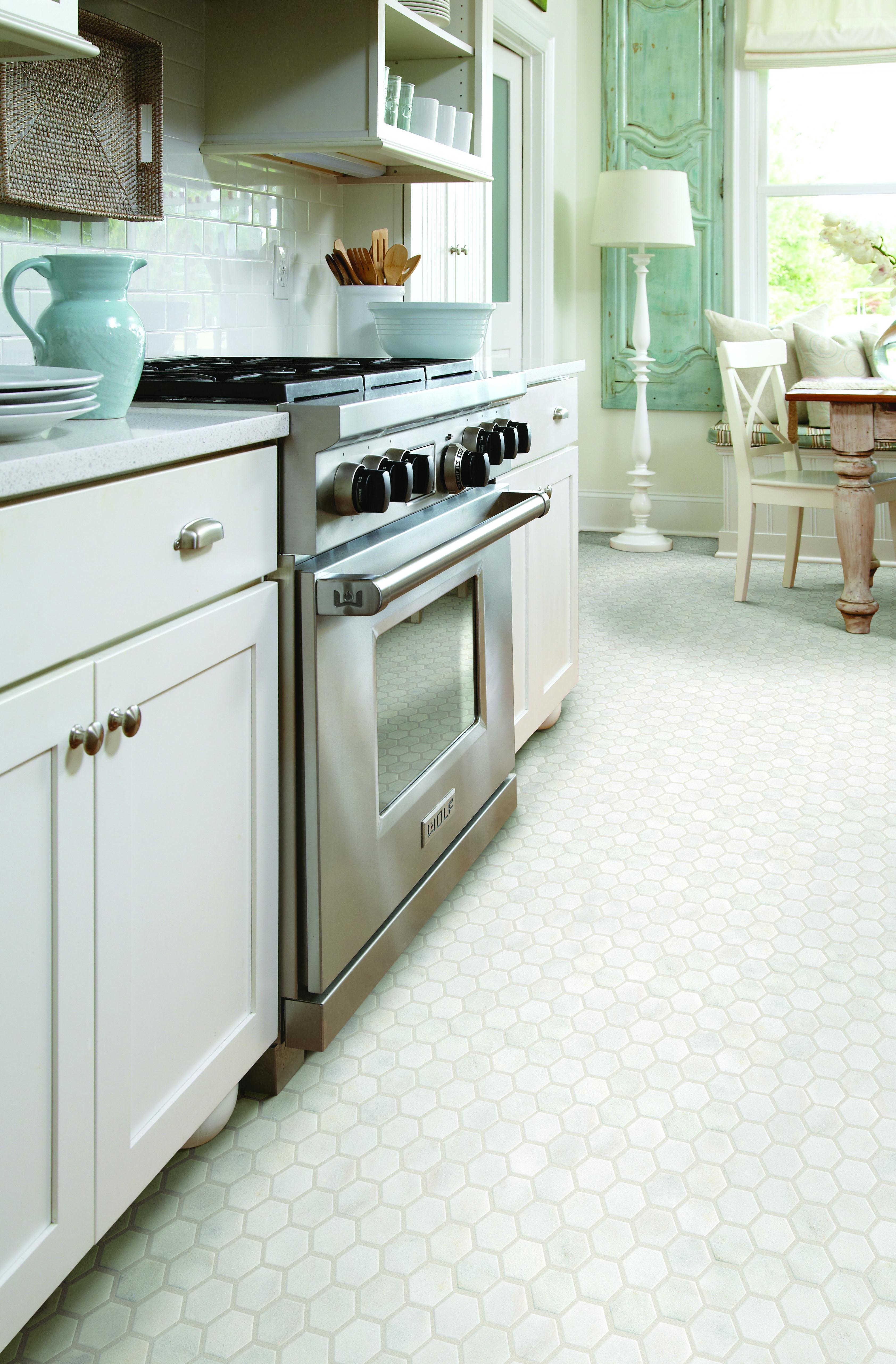 Tile Showrooms In Mokena Il Highland In Creative Carpet Flooring Flooring Sale Carpet Flooring Flooring