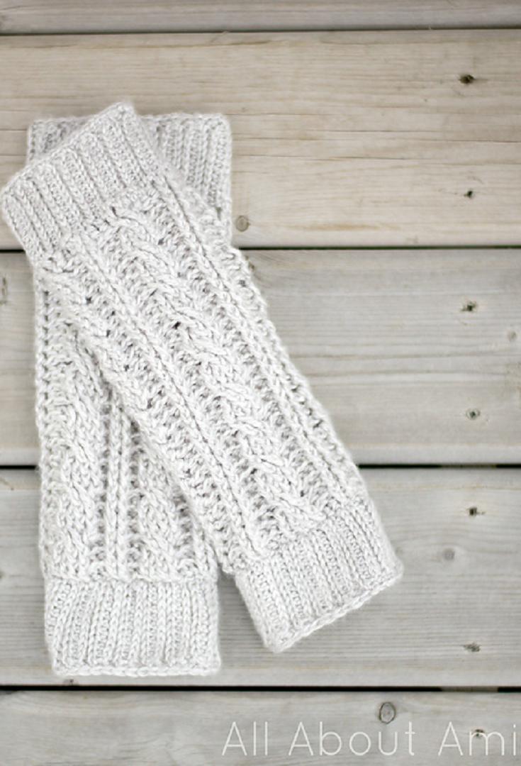 Super Cute And Stylish Leg Warmers Crochet Pattern | Crochet Fashion ...