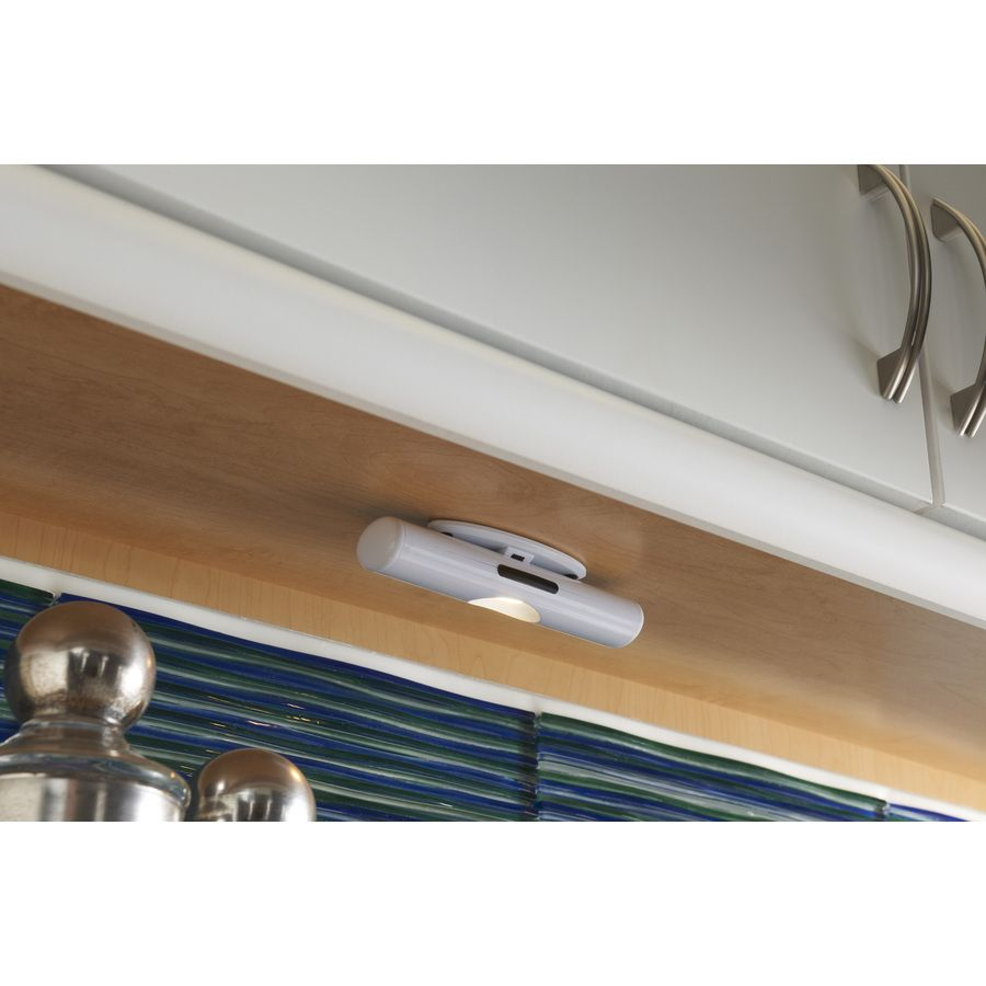 Utilitech 6 In Battery Under Cabinet Led Light Bar At Lowes