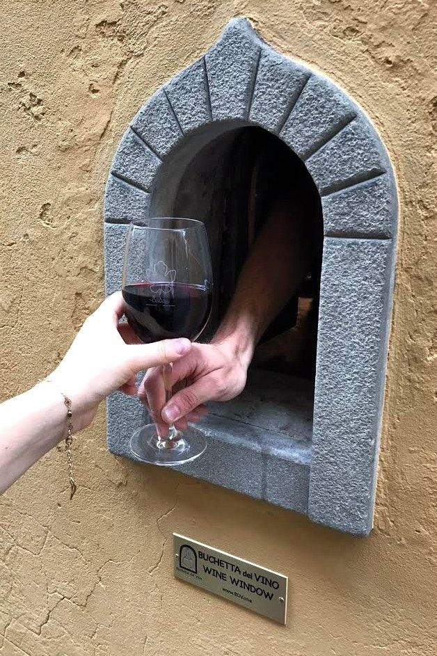 Florence's Newest Outdoor Drinking Trend Is Also Its Oldest - Condé Nast Traveler