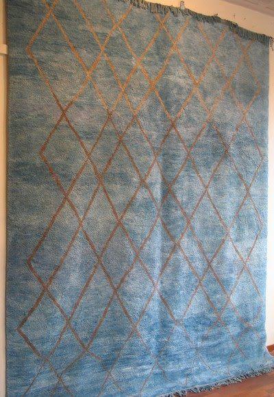 Grands kilims et tapis pour décorer votre salon, salle à manger ou