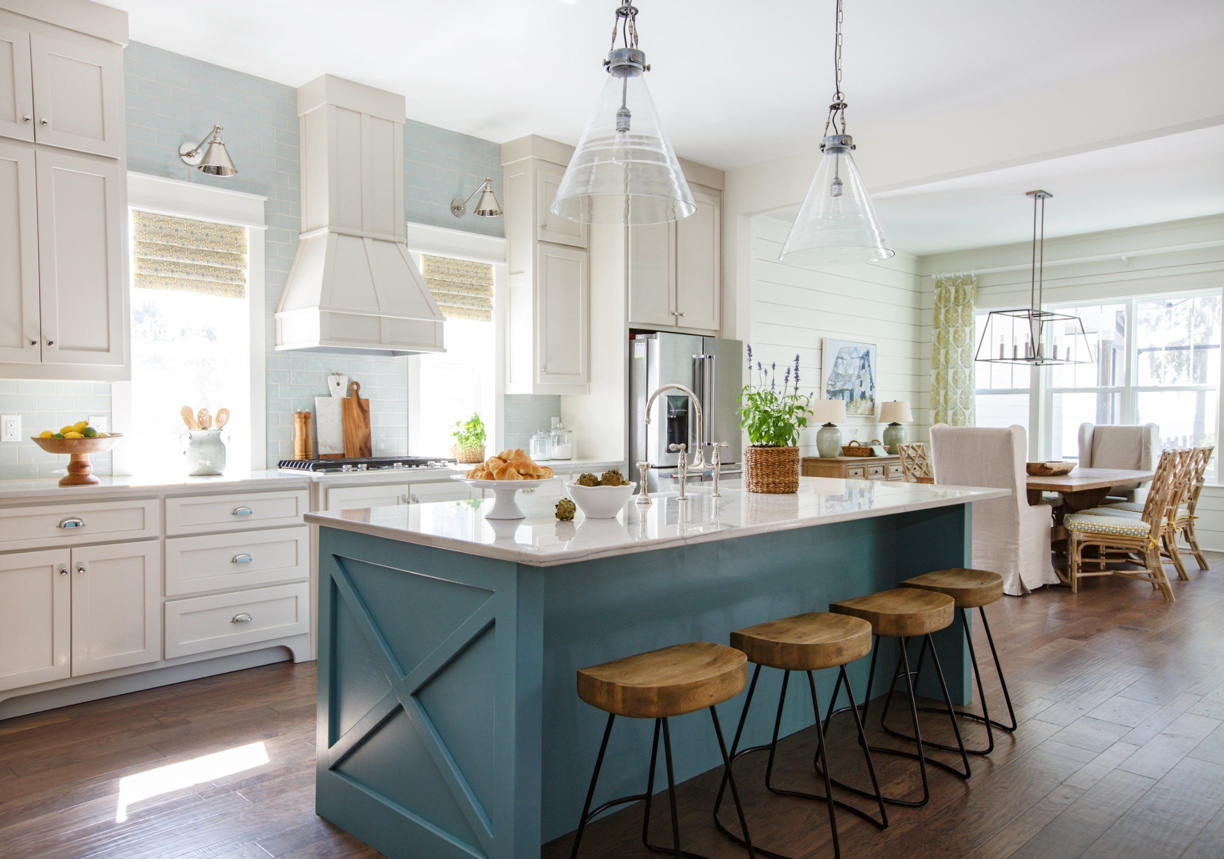 St Augustine Interior Design Services Kitchen Island Molding With Stools