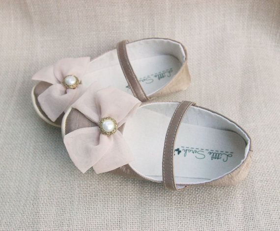 Baby Shoes Flower Girl Shoes Gold Wedding Shoes by littleserah