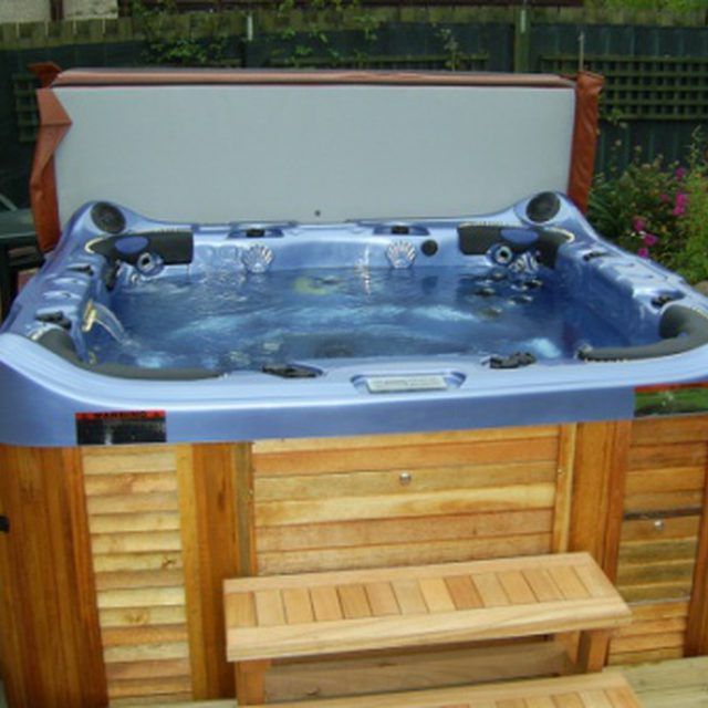 How to Keep Hot Tub Water Clean Naturally | Hot tubs, Tubs and ...