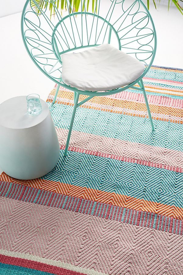 12 Outdoor Rugs That Will Turn Your Backyard into a Lounge-Worthy Paradise #outdoorrugs