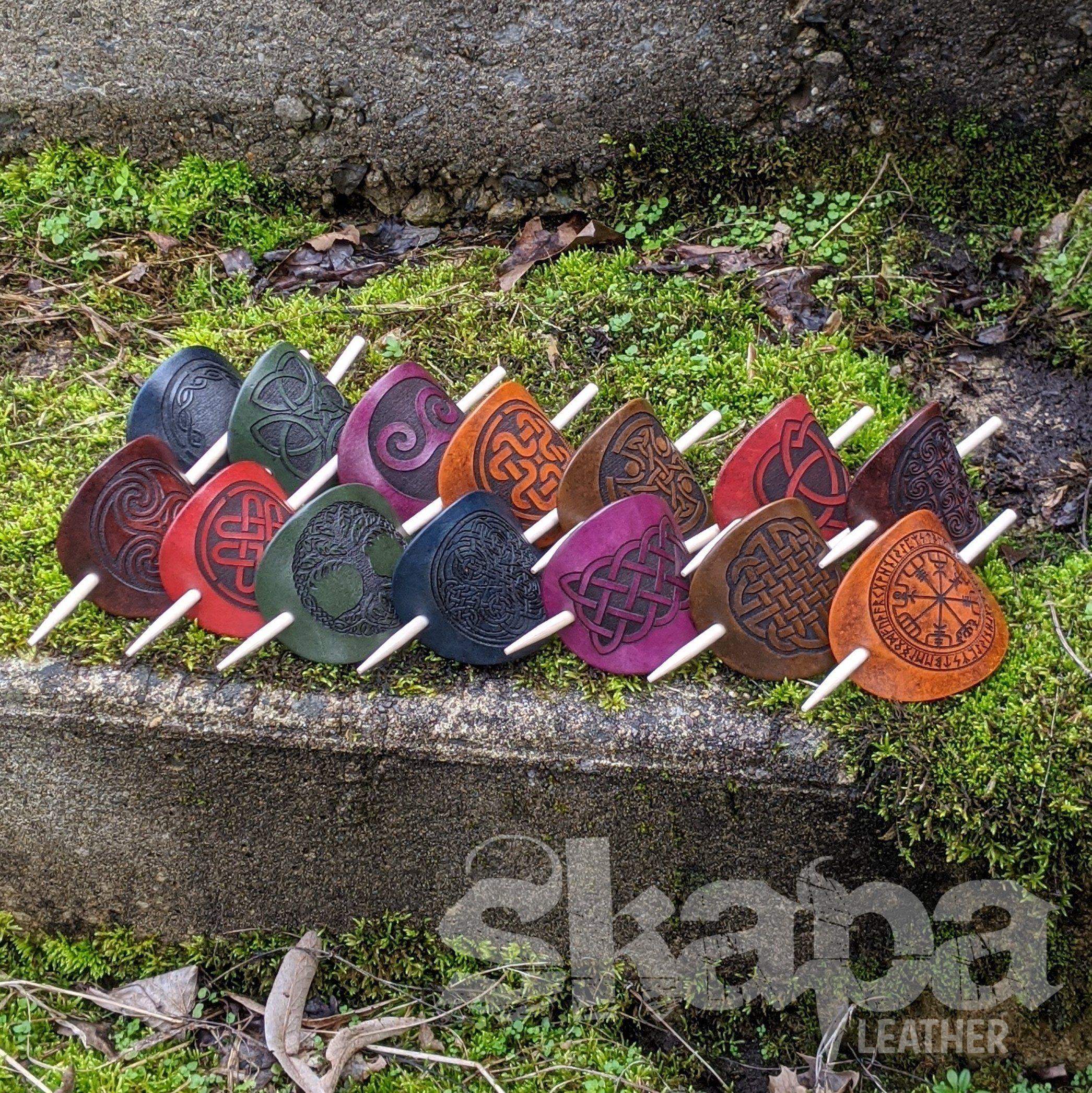 Leder Haarspange (helle Farben) – Blau / Knoten 15
